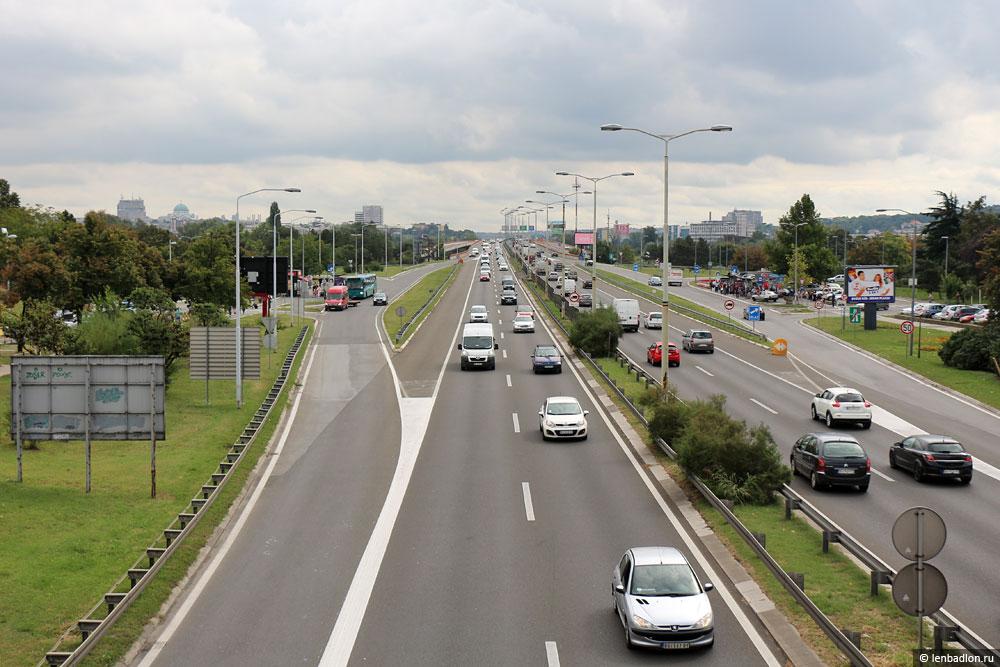 Фото автострады в Новом Белграде