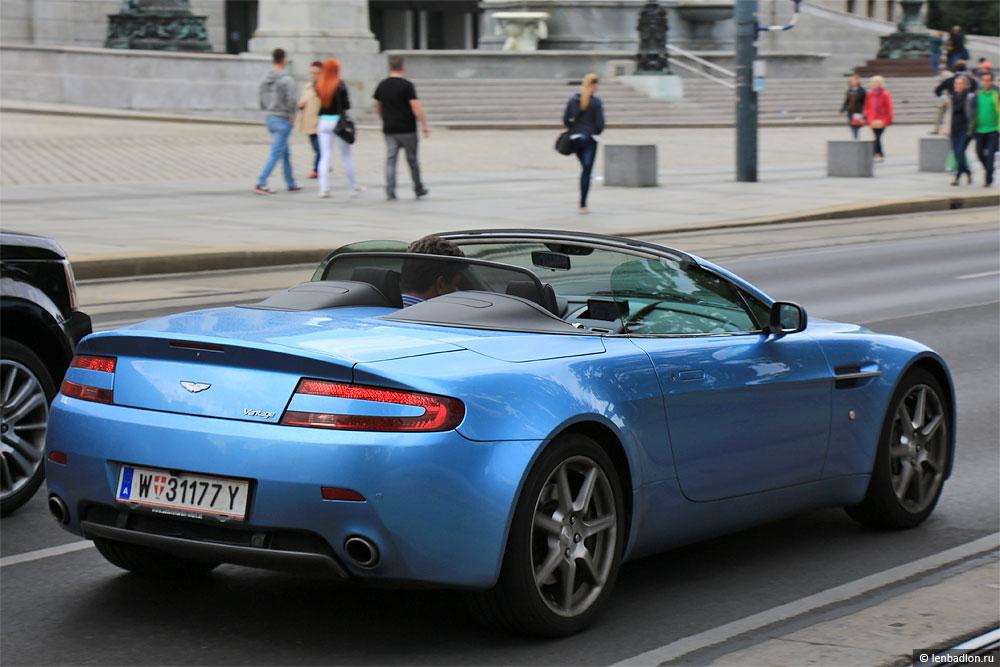 Фото Aston Martin V8 Vantage Roadster в Австрии