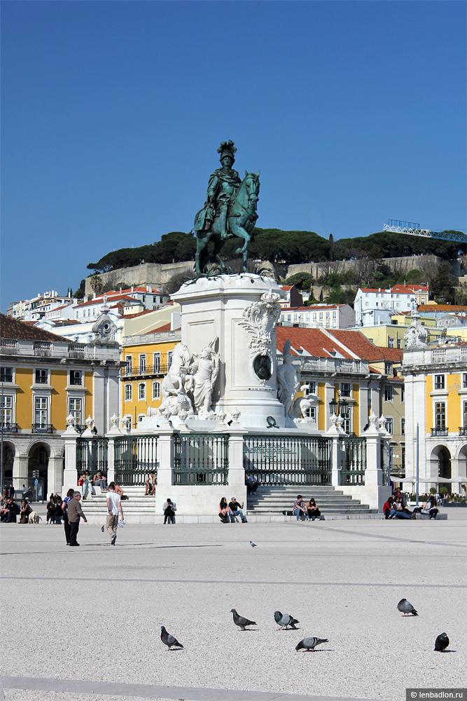 Конный памятник королю Жозе I