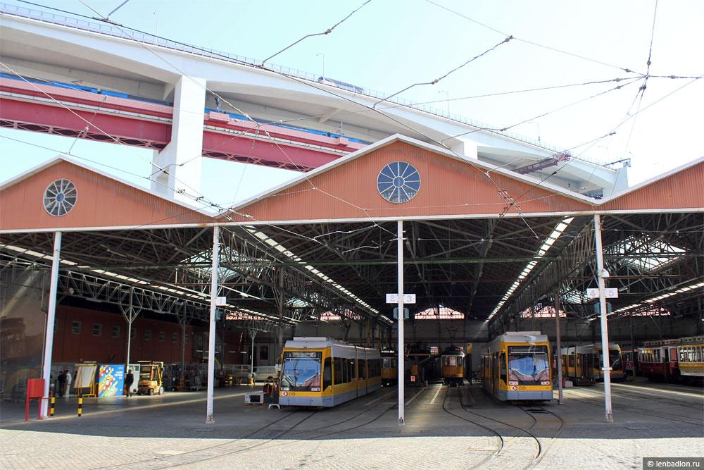 Трамвайное депо в Лиссабоне, Португалия