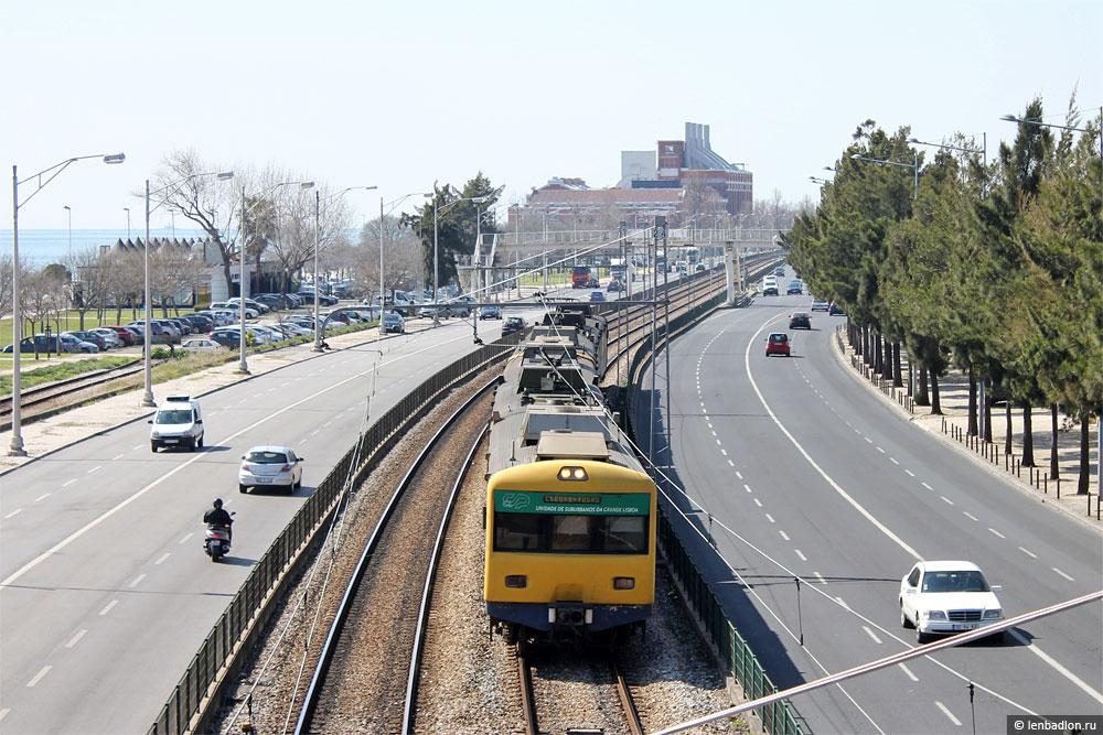 Электропоезд в Лиссабоне
