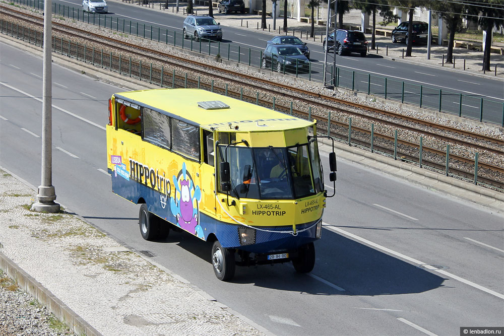 Лиссабонский автобус-амфибия