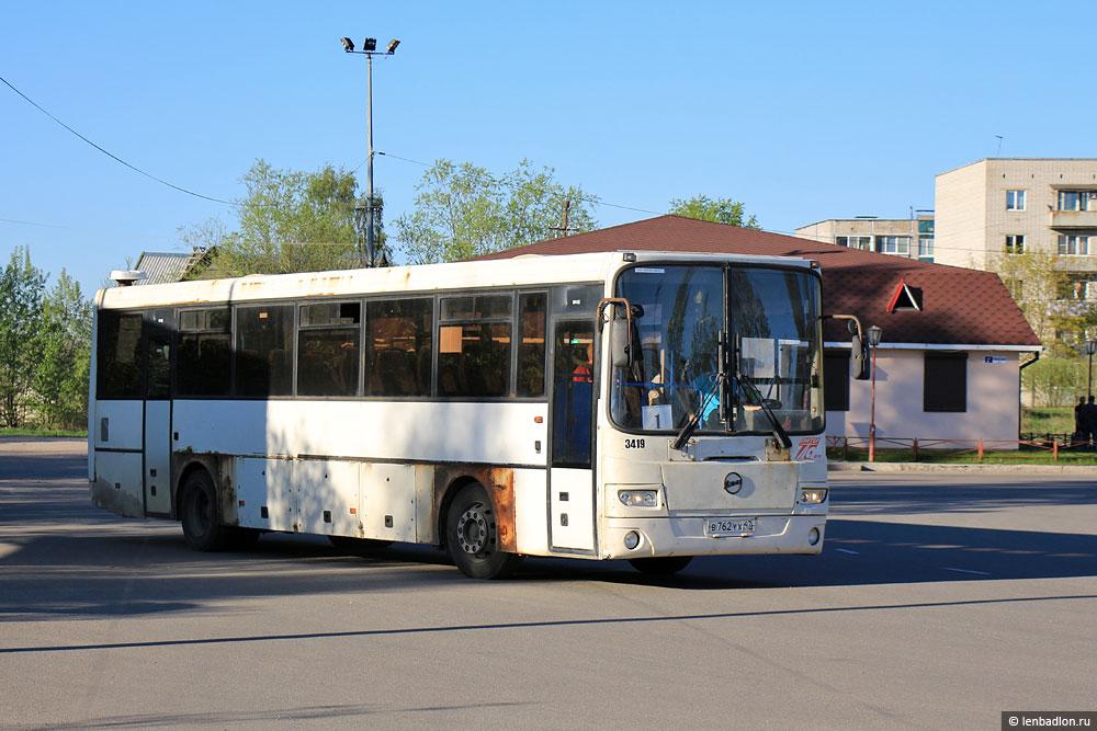 Фото автобуса в Приозерске