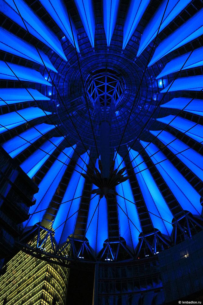 Сони-Центр в Берлине фото