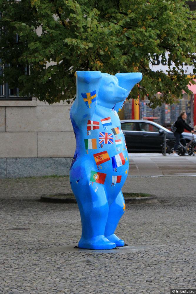 Фото берлинского медведя