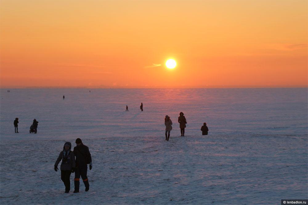 Фото заката над Финским заливом