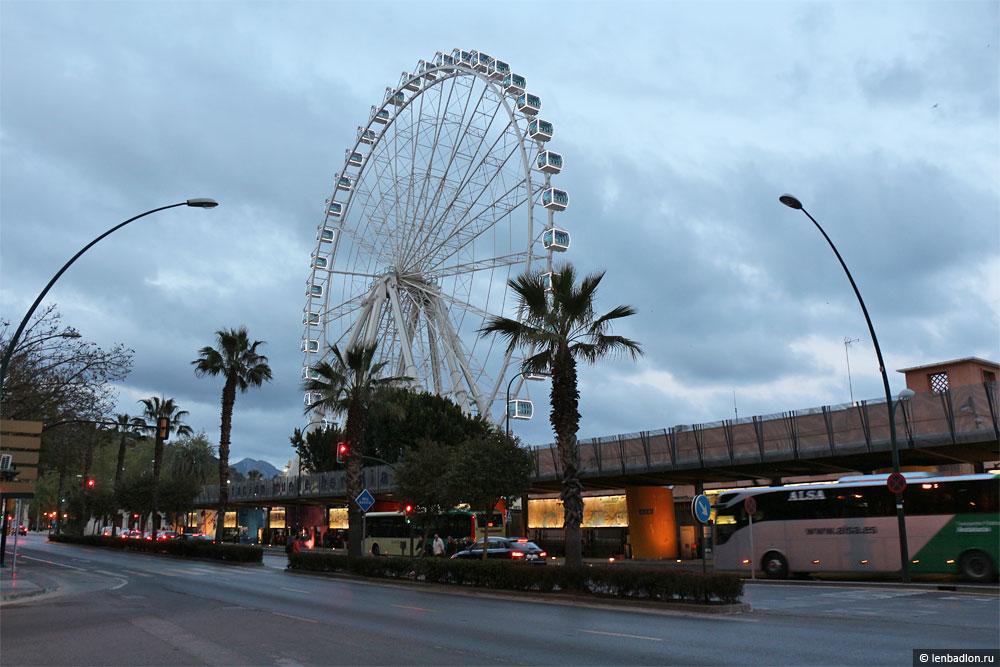 Фото колеса обозрения в Малаге