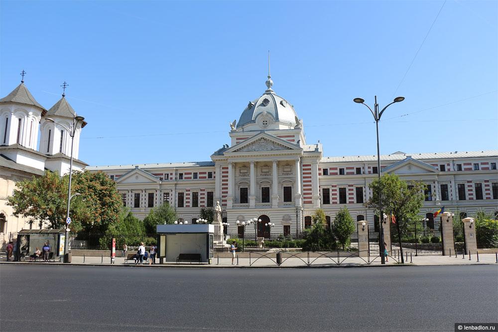Больница Колця в Бухаресте фото