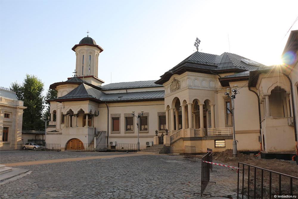 Фото собора в Бухаресте