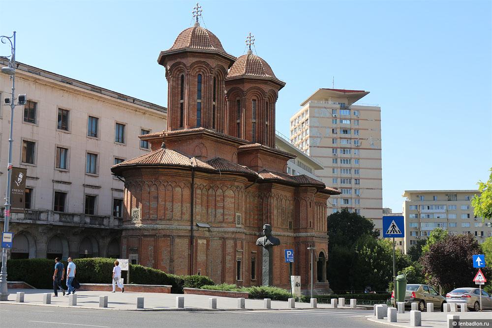 Фото церкви в Бухаресте