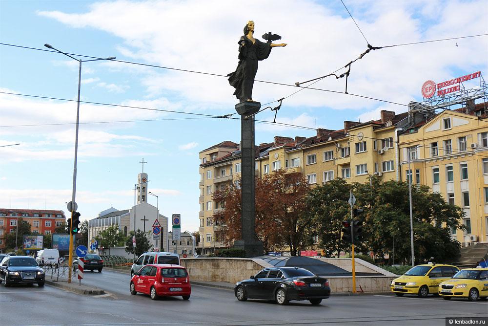 Статуя Святой Софии фото