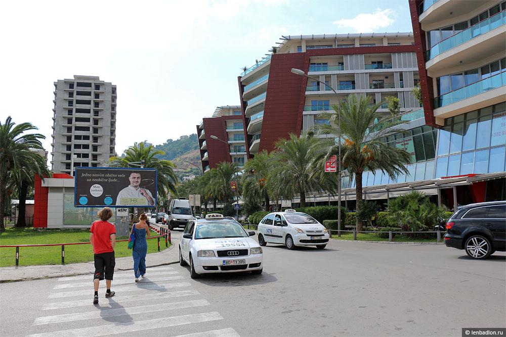 Торговый центр TQ Plaza в Будве
