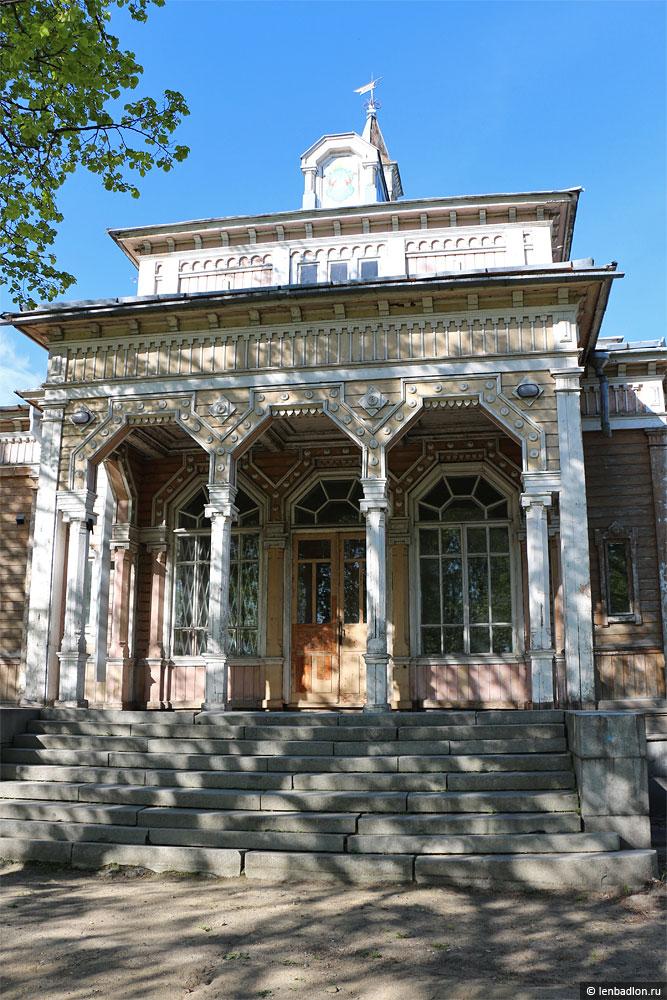 Бывшее здание городской ратуши в Сортавале